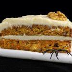 Torta di noci e carote./ Carrots and walnuts cake.