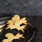 Crackers di mais versione Halloween/ Cornmeal scary crackers.