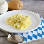 Kartoffelsalat bayrisch, insalata di patate bavarese.