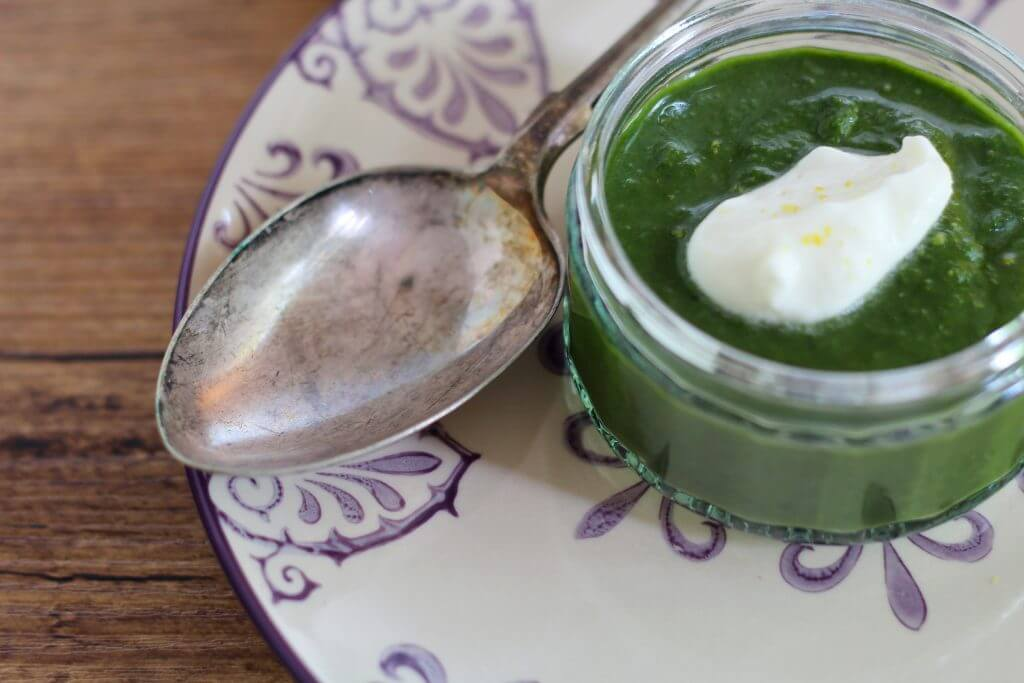 Spinach cream with stracchino cheese mousse.