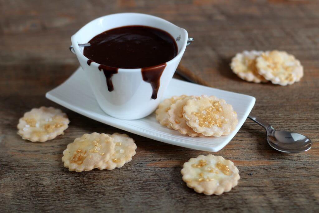 Quick gluten- free chocolate dessert.