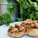 Funghi ripieni di salsiccia/ Sausage stuffed mushrooms.