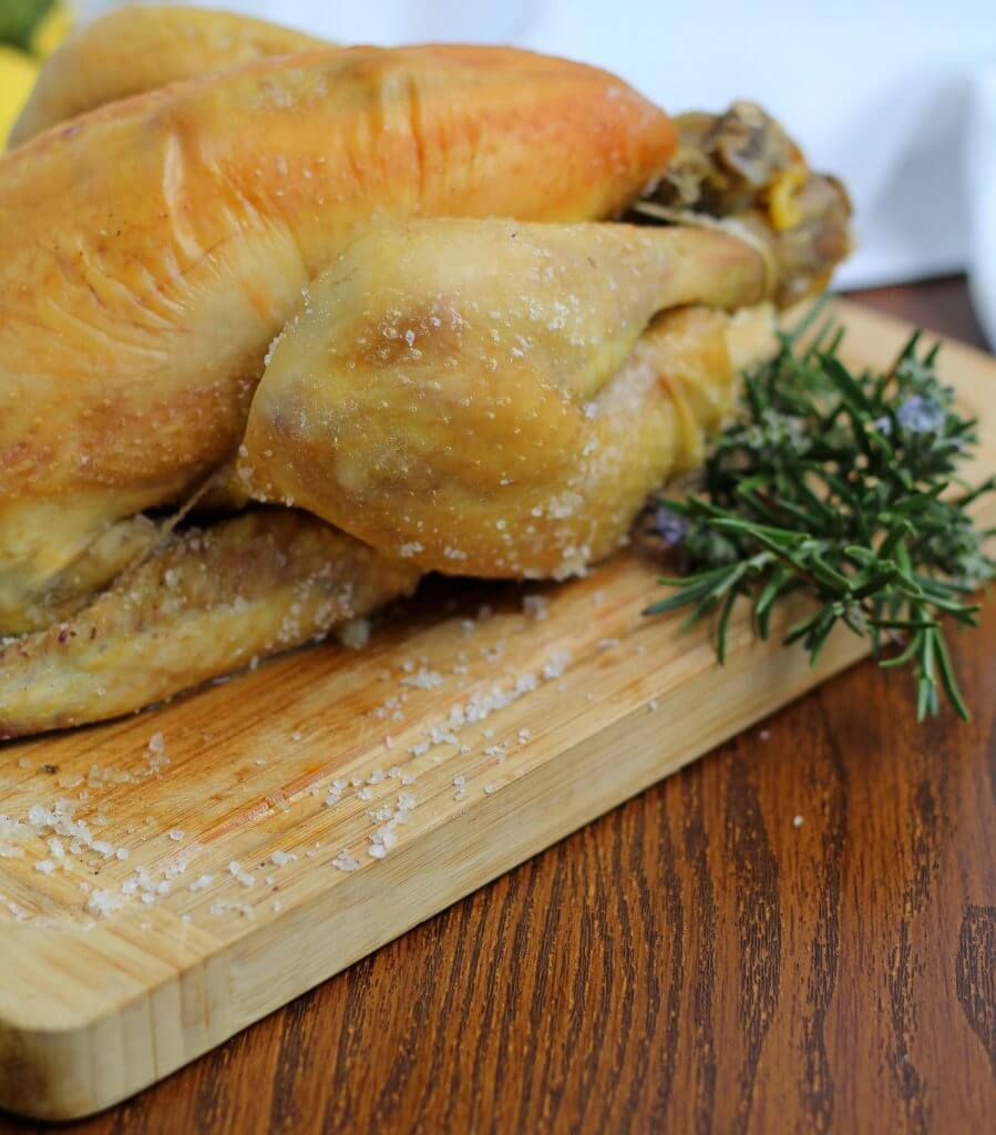 Pollo al sale/ Salt crusted chicken.