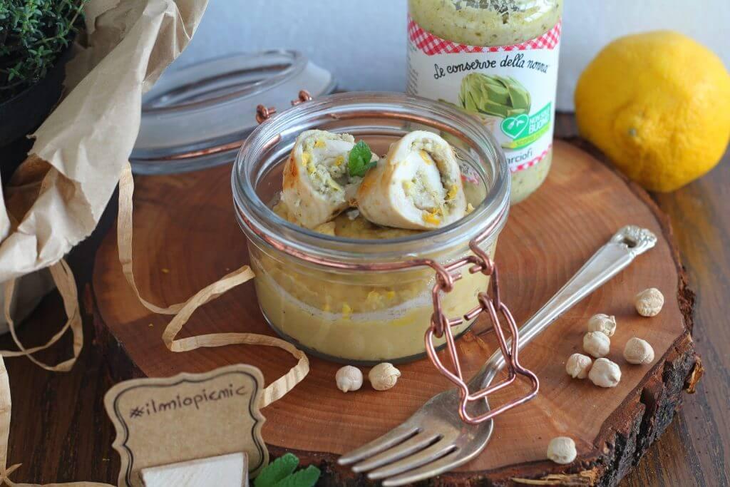 Rollè di pollo con crema di carciofi e purea di ceci alla menta e limone.